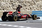 Grosjean lost cool in Lotus garage