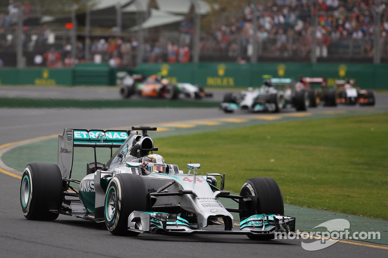 Pole position by Lewis Hamilton at Melbourne