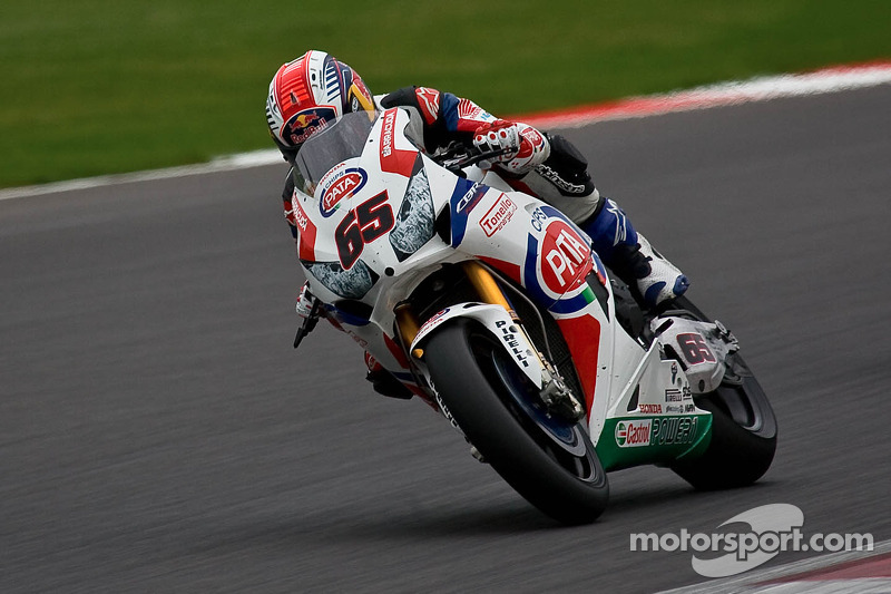 Jonathan Rea leads the way on Day 1