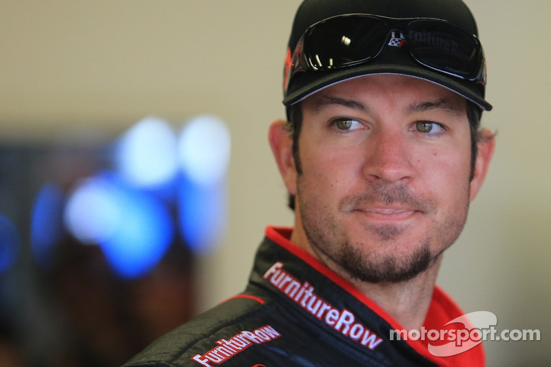Truex's charge halted after contact with infamous Darlington wall