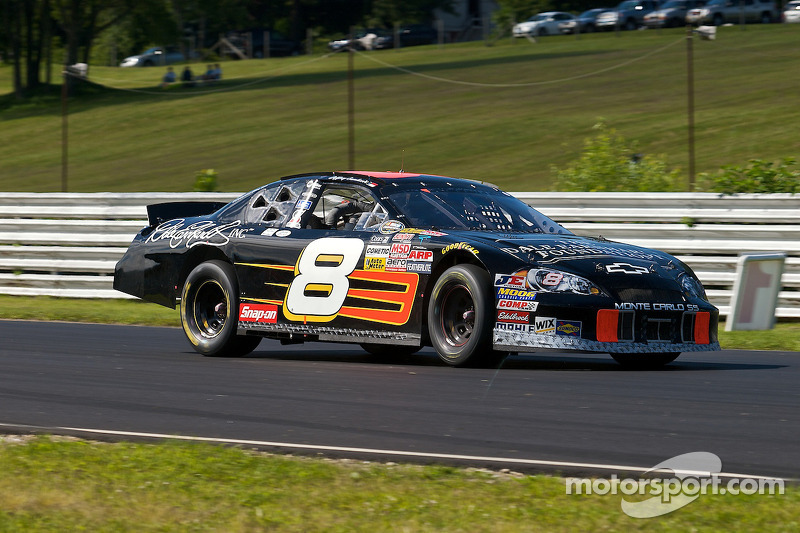 Earnhardt 16th in wild Nationwide race at Talladega