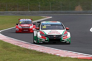 WTCC Race report Double podium for Tiago Monteiro in Hungary!