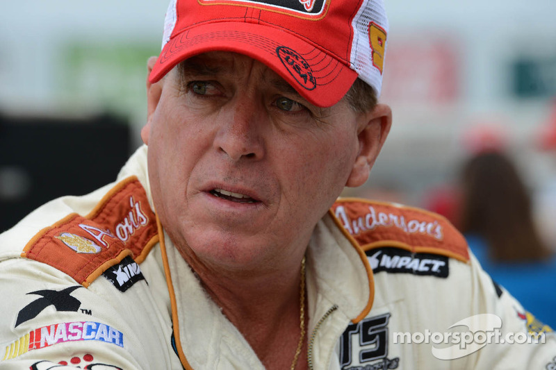 Crafton, Hornaday out to dethrone Busch at CMS