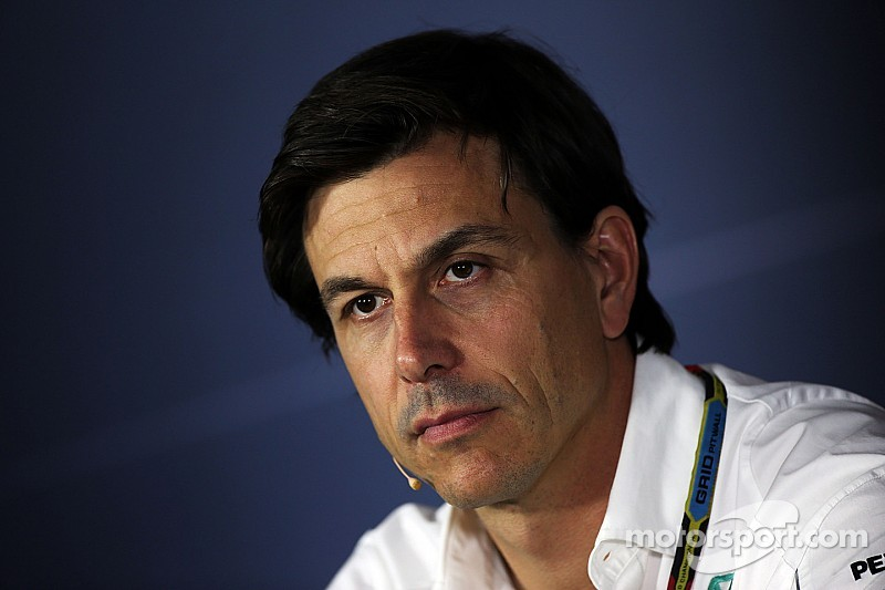Wolff moves to end boycott threat with 'a few per cent'