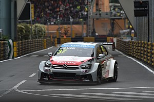 Jose Maria Lopez on pole at Macau