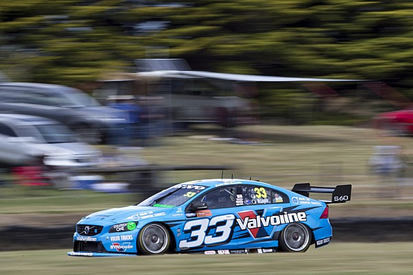 Tander coughs, McLaughlin steals win on final straight
