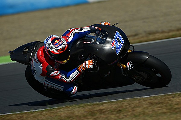 Stoner completes three day Honda MotoGP test