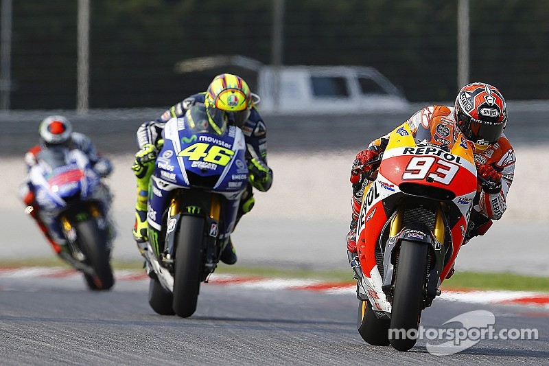 Miniscule gap separates top MotoGP riders on first day of 2015 testing