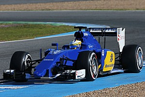 Sauber does a lot of mileage on second day of testing in Barcelona