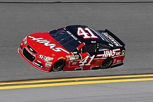 Regan Smith to sub for Kurt Busch at Daytona