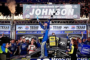 NASCAR Sprint Cup Race report Jimmie Johnson fends off Harvick to win for record fifth time at Texas