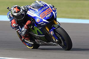 Lorenzo maintains advantage over rivals in Jerez MotoGP practice