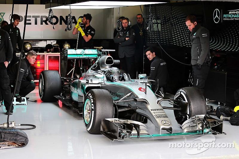 Nico Rosberg mantém o tempo da manhã e fecha o primeiro dia de testes na frente