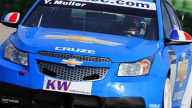 "WTCC: Yvan Muller ""assaggia""  la Cruze"