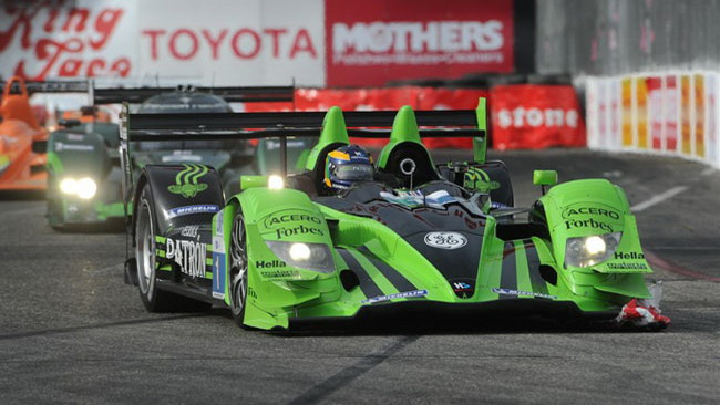 Pagenaud regala il successo all'Acura a Long Beach