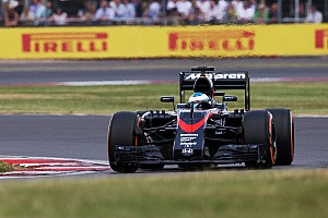 McLaren still eyeing a podium finish in 2015