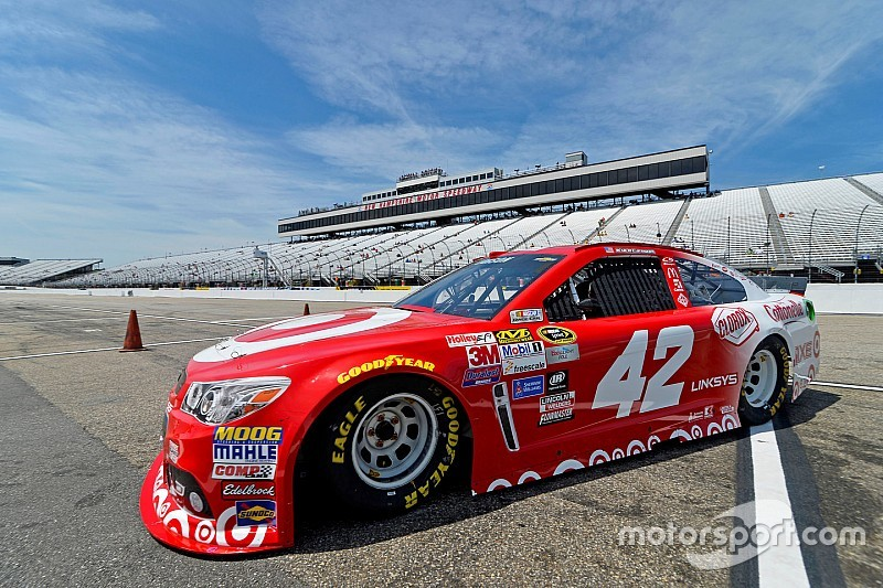 Larson leads first New Hampshire practice