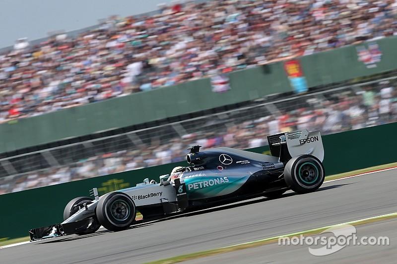 Hamilton é o mais rápido na primeira sessão em Hungaroring