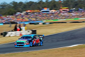 Winterbottom wins V8 opener