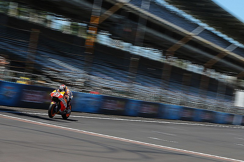 Indy MotoGP: Marquez on top in FP3 as Smith stars