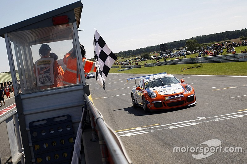 Cammish completes Snetterton sweep with Race 2 win