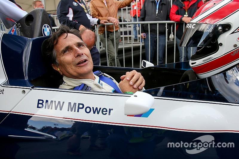 Nelson Piquet recibe felicitaciones de cumpleaños