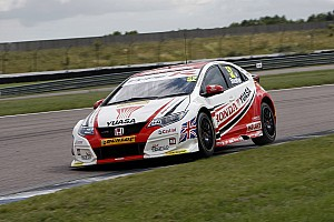 BTCC Race report Rockingham BTCC: Shedden beats Jackson in race 2