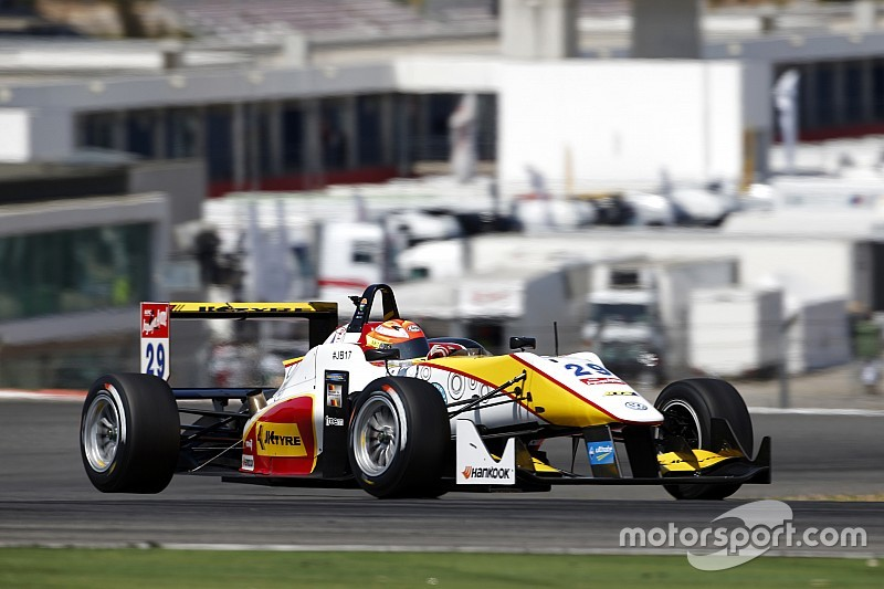 Nurburgring F3: Solid two races for Maini