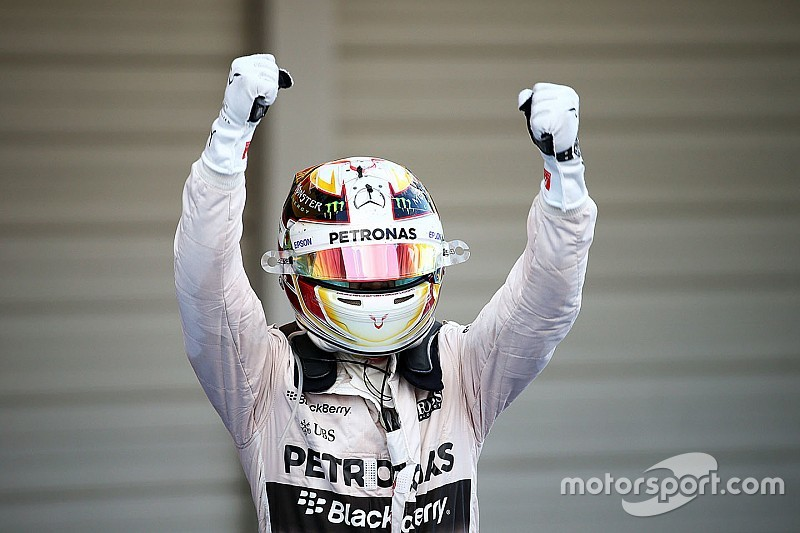 Weekend round-up: Hamilton wins in Japan, Lorenzo strikes back, and more