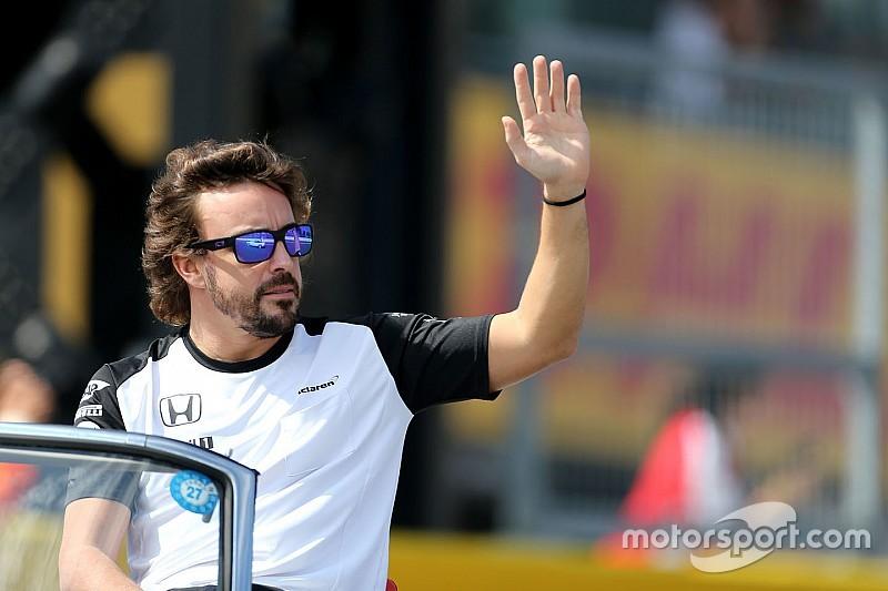 Alonso pede mensagens