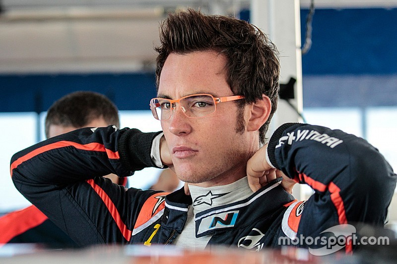 Neuville demoted by Hyundai to