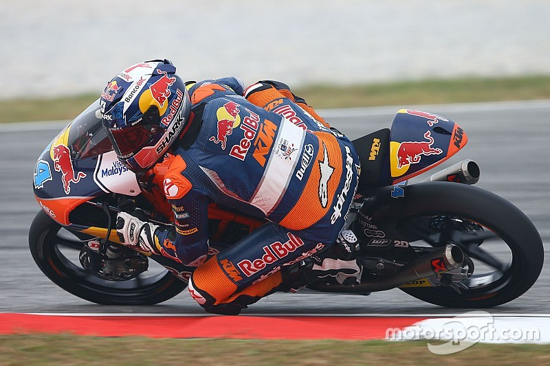 Oliveira venció en Moto 3 y demoró la consagración de Kent