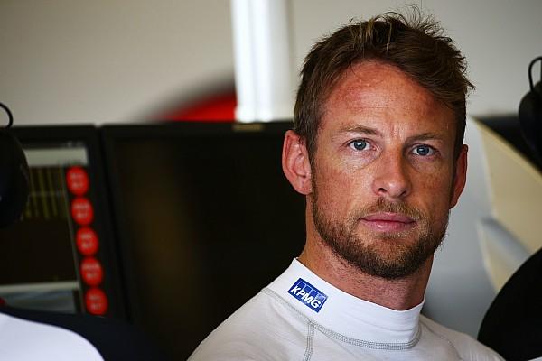 Fórmula 1 Últimas notícias Button diz que percebeu que Bottas iria bater nele nos boxes