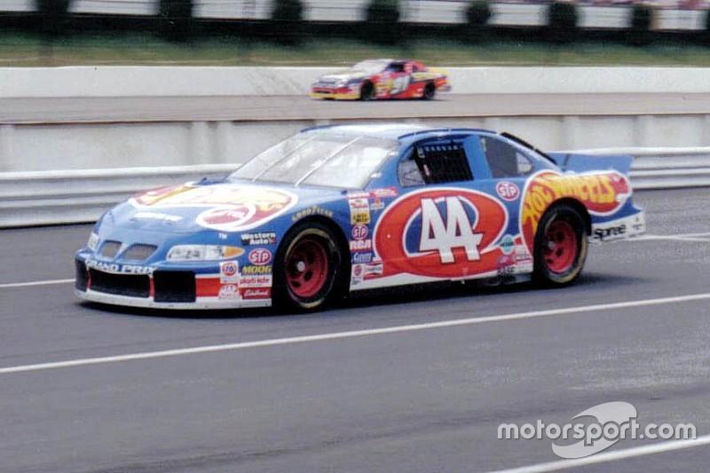 Richard Petty Motorsports to bring back the No. 44