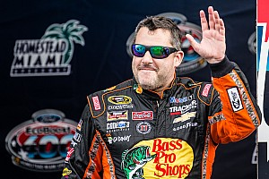 Midget Breaking news Investigation opened into Tony Stewart Chili Bowl altercation
