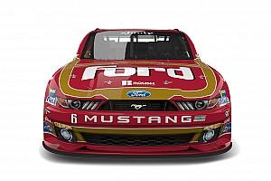 NASCAR Xfinity Feature Bildergalerie: Throwback-Design für Darrell Wallace Jr. in Darlington