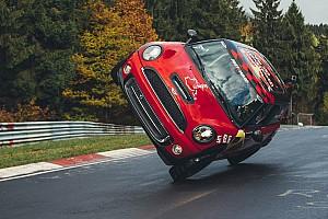 Automotive Noticias de última hora Récord mundial en 2 ruedas en Nordschleife