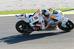 MotoGP Ultime notizie Alex Rins è stato trasferito in ambulanza da Valencia a Barcellona