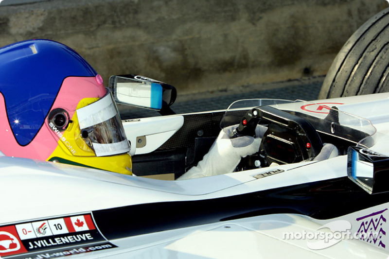 Jacques Villeneuve in the pitlane