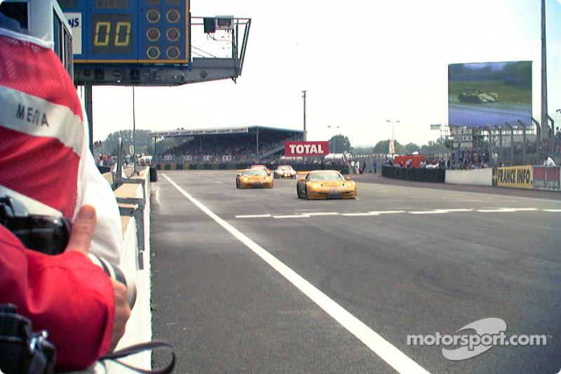 Corvettes cross finish line
