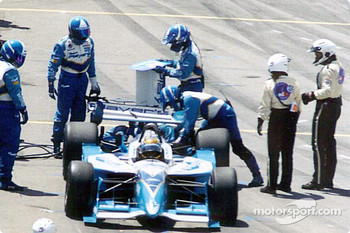 Patrick Carpentier with broken rear wing