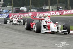 de Ferran leads early