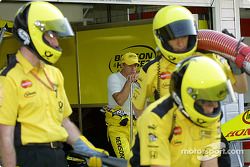 Jean Alesi watching his crew