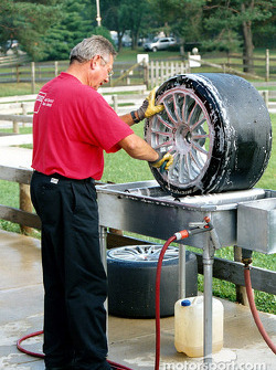 Tire bath