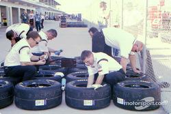 UPS crew preparing tires