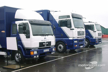 WilliamsF1 BMW trucks