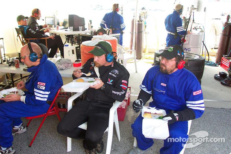 Rocketsports Racing crew