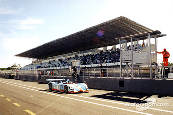 Estoril's main Grandstand dwarfs the pits