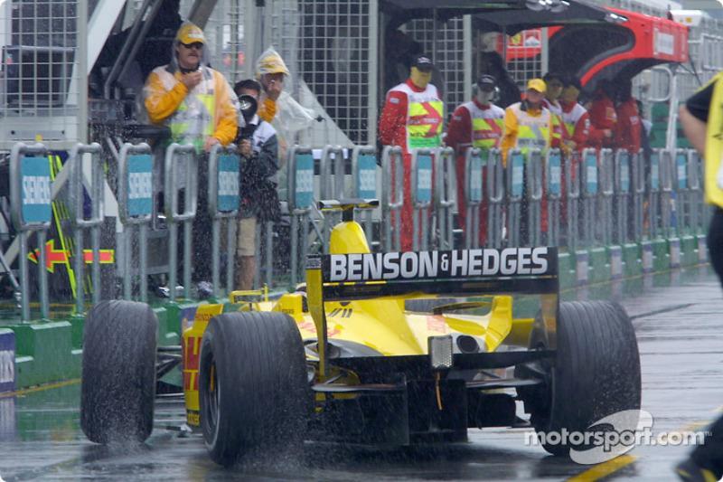 Rainy qualifying session