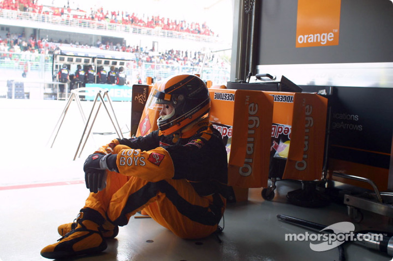 Waiting for a pitstop
